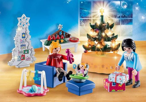Playmobil-Christmas-range-living-room-with-tree