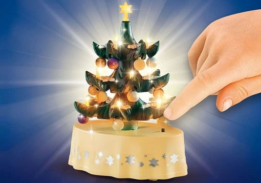 Playmobil-Christmas-Living-Room-with-light-up-tree